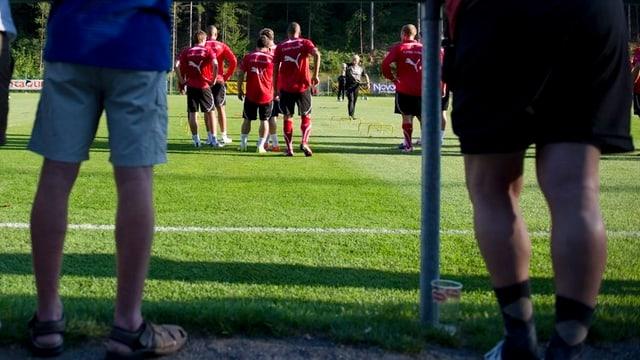 Ein Anhänger von Desportivo Portugues Aarburg war über den gegnerischen Goalie so erzürnt, dass er diesen verprügelte.
