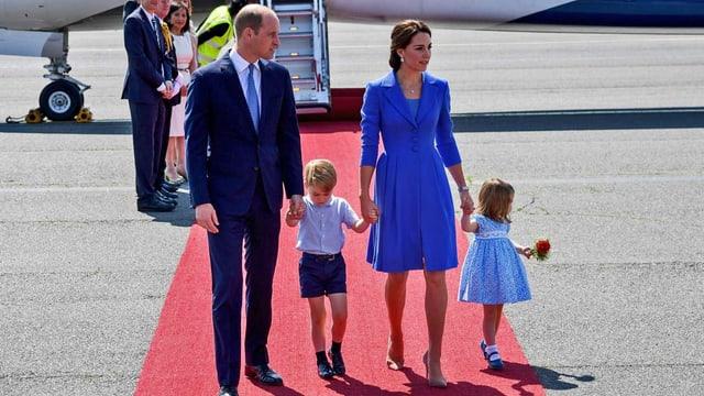 William und Kate mit ihren Kindern.