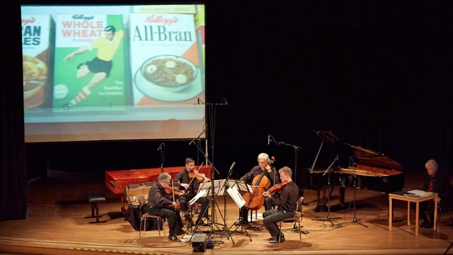 Das Arditti Quartett auf der Bühne.