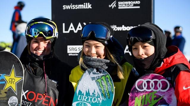 Ariella Gold (USA), Chloe Kim (USA) e Cai Xuetong (CN).