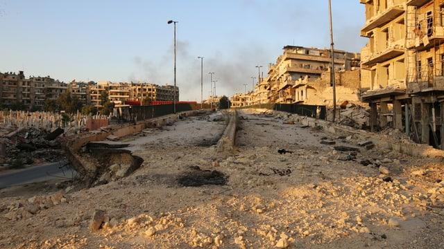 Zerstörter Strassenzug in Aleppo.