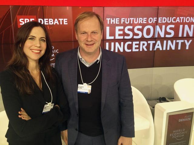 Susanne Wille und SRF-Produzent Christian Kolbe im Studio der SRF-Debatte