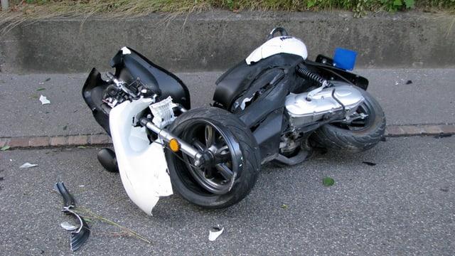 Il scooter donnegià dal tuttafatg.