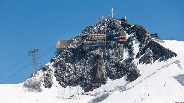 Purtret dal Matterhorn pitschen sin in'autezza da 3'883 meters sur mar.