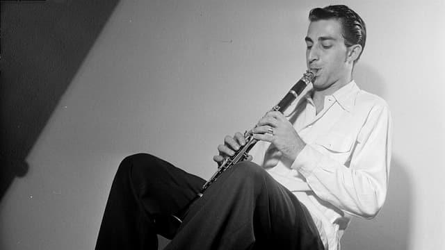 Buddy DeFranco mit seiner Klarinette in New York, September 1947.
