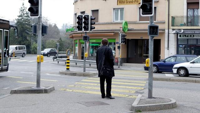 Strassenübergang in Genf