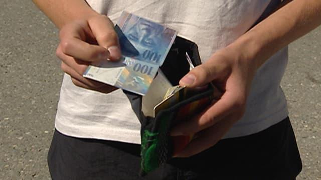 Video «Dossier Schulden» abspielen