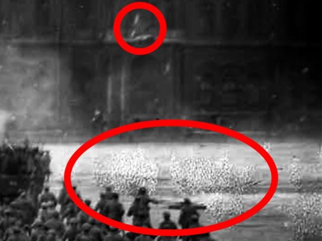 Auf dem Foto sind ein Stern und Spuren der Retusche sichtbar