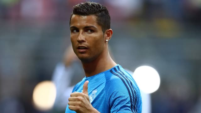 Ronaldo hebt den Daumen