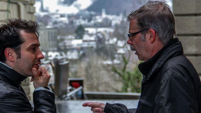 Wenn er organisiert ist er in seinem Element. Farinelli in der Diskussion mit Antonio Milanese dem Projektleiter der Fernsehproduktionsfirma tpc.