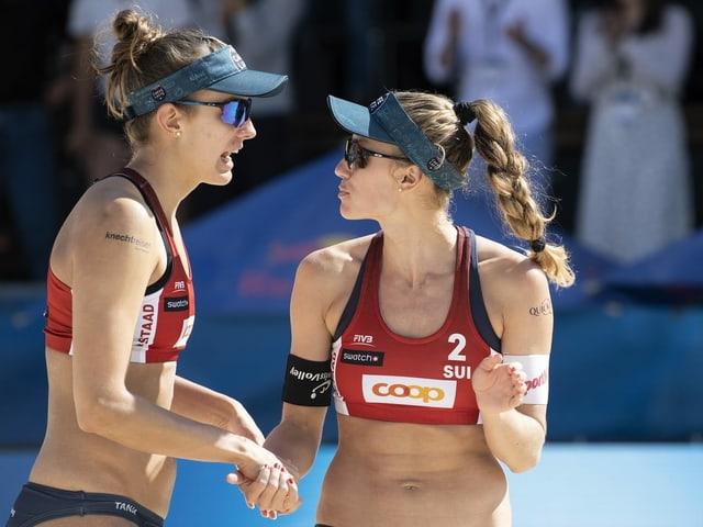 Die Schweizer Beachvolleyballerinnen Tanja Hüberli (l.) und Nina Betschart.