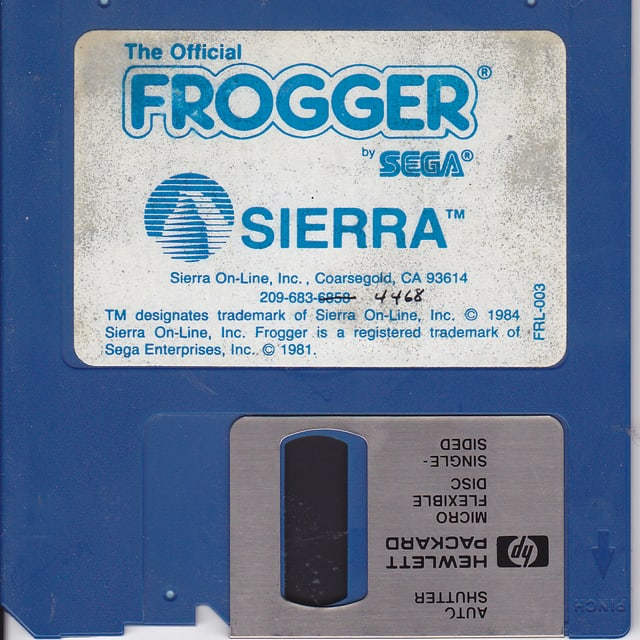 Eine Floppy Disk des Videospiels «Frogger» aus den 1980er-Jahren.
