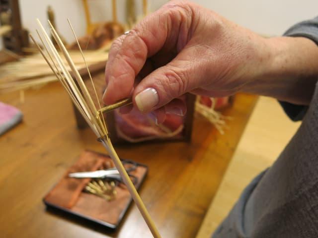 Ein Strohhalm kann neunfach gespalten werden.