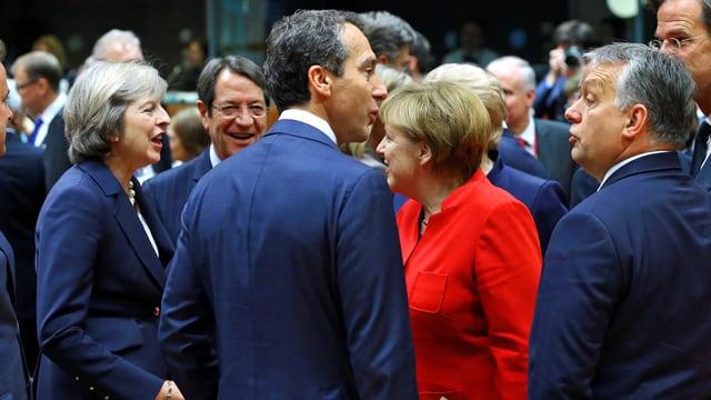 Von Links nach Rechts: Theresa May (Grossbritannien), Nicos Ansastasiades (Zypern), Christian Kern (Österreich), Angela Merkel (Deutschalnd), Viktor Orban (Ungarn)