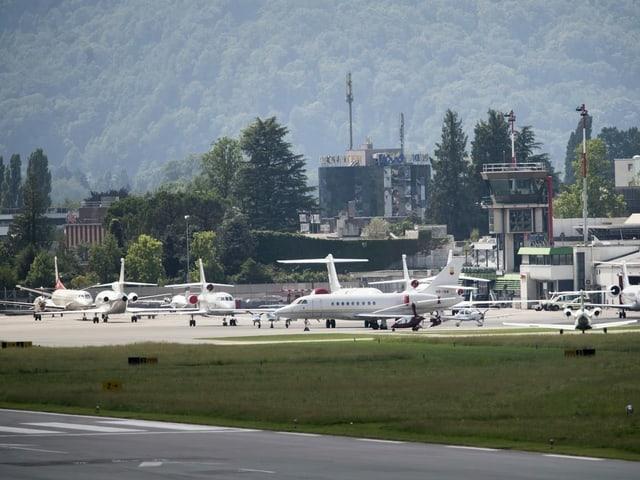 L'eroport da Lugano è curt avant la fin.