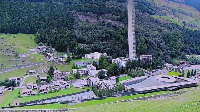 La Tur da varga 300 meters autezza ed il parc da varga 300 meters lunghezza en ina visualisaziun