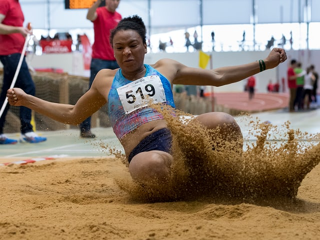"""Siebenkämpferin Caroline Agnou leidet unter einem """"Jumpers Knee"""""""