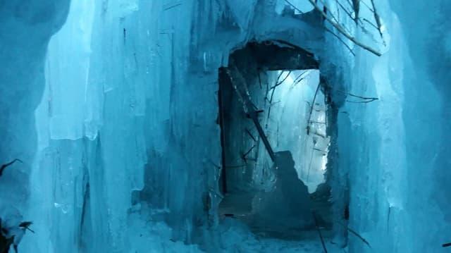 L'entrada dal Ice Stupa a Morteratsch.