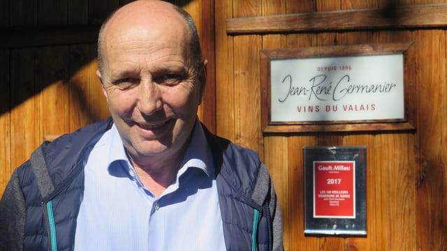 Jean-René Germanier vor seinem Weinkeller.