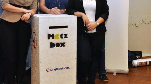 Die Motzbox ist eine Holzbox