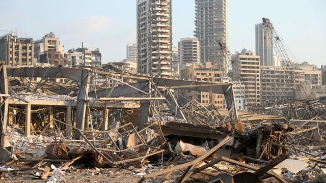 Zerstörte Gebäude im Hafen von Beirut