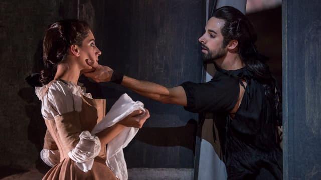 Szene aus Don Juan des Luzerner Tanzensembles.