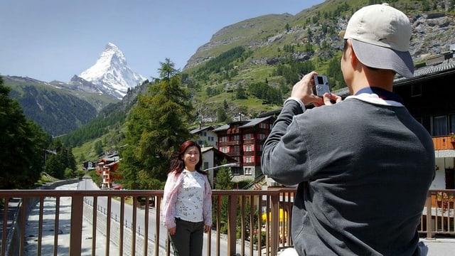 Japanische Touristen in Zermatt