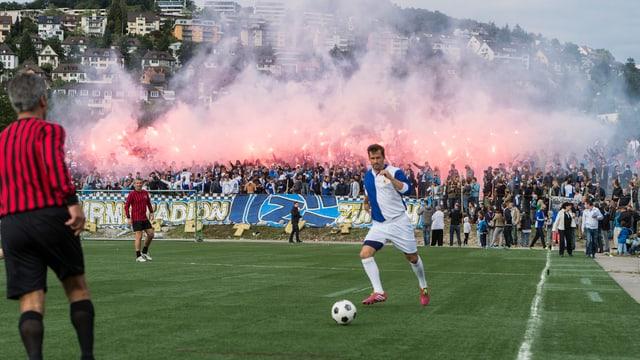 2015 veranstalteten GC-Fans ein Spiel auf der Hardturm-Brache. Auf ein neues Stadion warten sie bis heute.