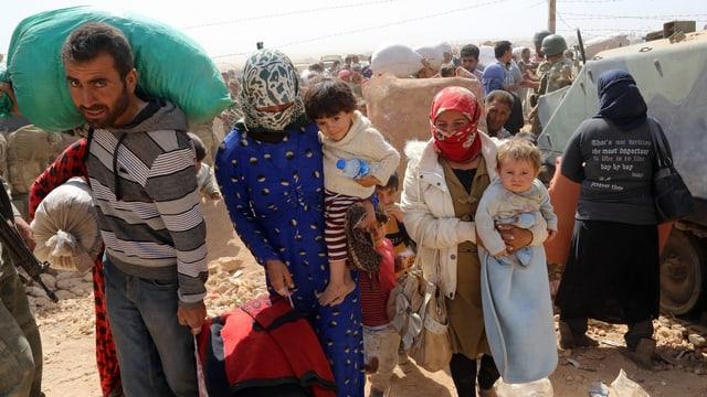 Flüchtlingsfamilie bei ihrer Ankunft in der Türkei