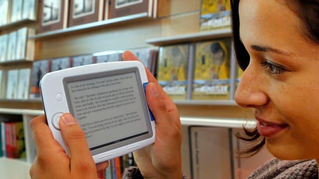 E-Books liegen im Trend: Darauf reagieren auch 31 Aargauer Bibliotheken mit einem neuen Angebot.