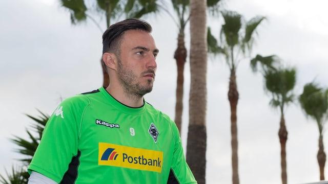 Josip Drmic schaut nach vorne.