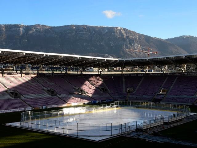 Den Zuschauern bietet sich im Stade de Genève ein schöner Ausblick.