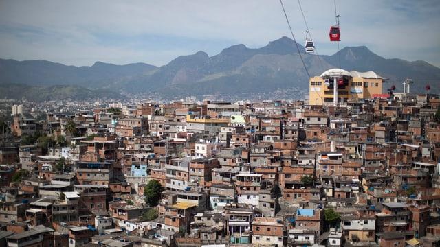 Der Complexo de Alemao, Elendsviertel in Rio de Janeiro.