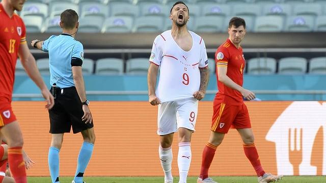 Haris Seferovic schreit sich den Frust von der Seele
