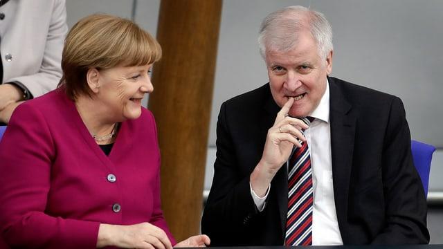 Merkel nimmt die Deadline an, die ihr Seehofer gesetzt hat.