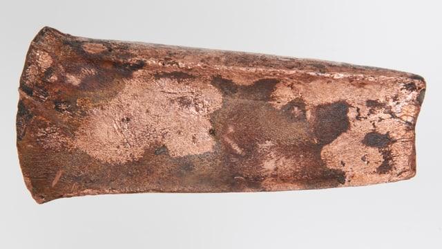 Die Beilklinge aus Kupfer, die in Zug 2008 gefunden wurde.