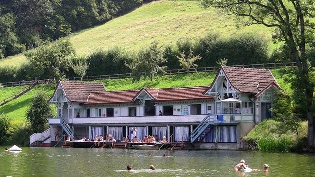 Gemeinschaftsbad Drei Weiher in Dreilinden: Ein historisches St. Galler Badehaus.