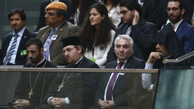 La debatta en il Bundestag a Berlin è vegnida persequitada d'Armens e da spirituals armens.