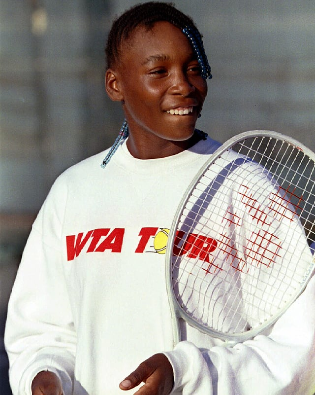 Die 14-jährige Venus Williams vor ihrem Einsatz auf der WTA-Tour.