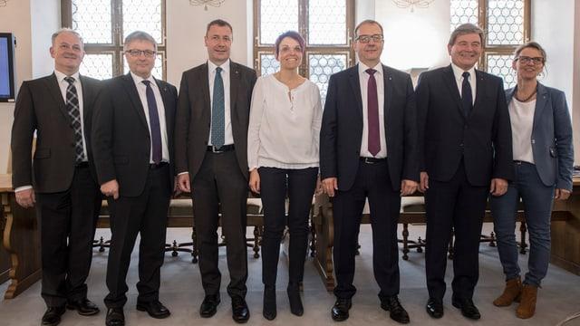 Die sieben Regierungsräte des Kanton Nidwalden.