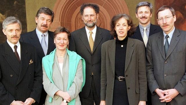 Bild des Gesamtregierungsrats von Basel im Jahr 2000.