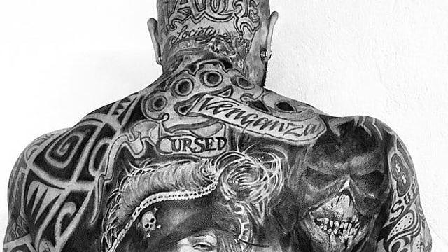 Video «Tattoos - gezeichnet fürs Leben» abspielen