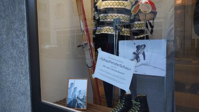 En in cudeschet che vegn repartì en ils negozis, è da leger tut sur da l'istorgia dals objects exponids.