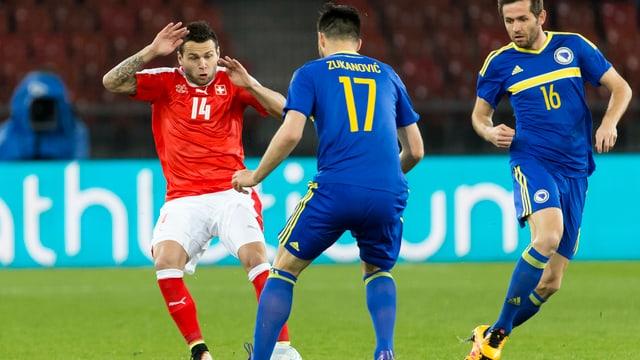 Steffen im Duell mit zwei Bosniern
