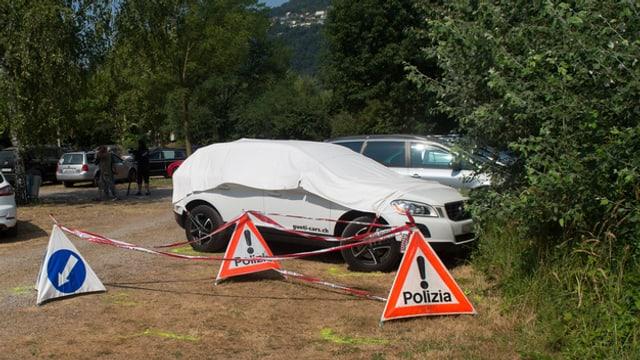 Il mardi passà è ina buoba da 5 onns morta en quest auto pervia da la chalira.