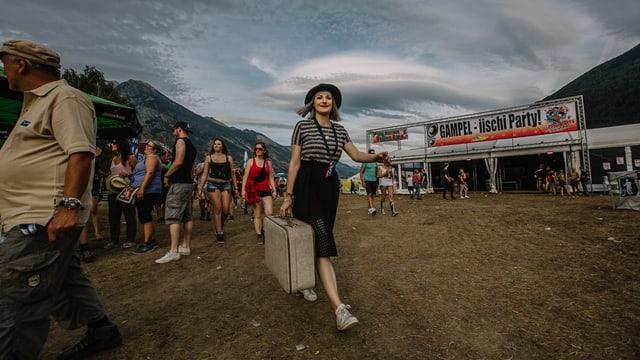 Tina Nägeli auf dem Festivalgelände vom Open Air Gampel