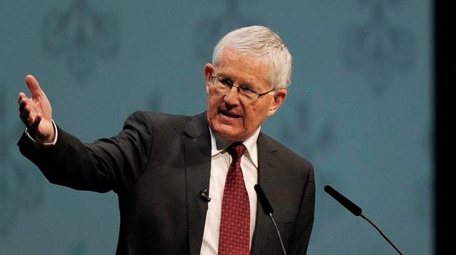 Die Friedrich-Neumann-Stiftung ehrt Kaspar Villiger als «Vater der Schuldenbremse».