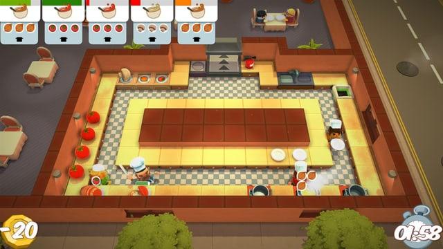 In der Küche gibt es nur einen schmalen Gang, nur in den vier Ecken können sich zwei Köche passieren.