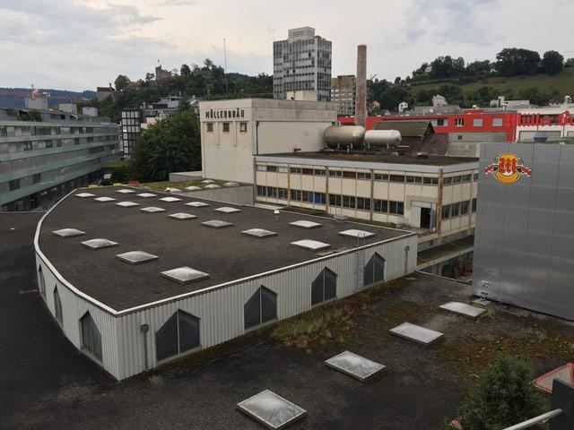 Das Areal der Brauerei Müllerbräu in Baden von oben gesehen