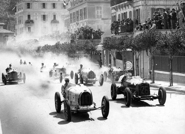 Startschuss zum ersten GP von Monaco.